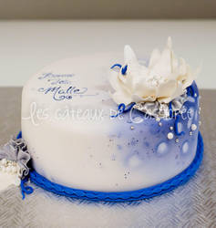 Blue carte blanche cake by buttercreamfantasies