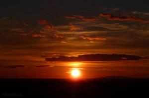red twilight by PiskotaTeszta