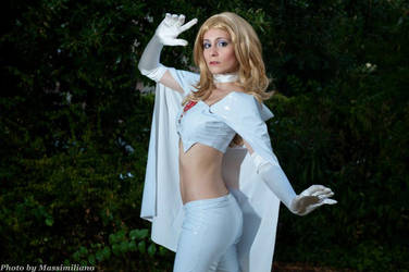 Emma Frost by MadRakele
