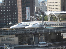 Racing Shinkansen by phasai