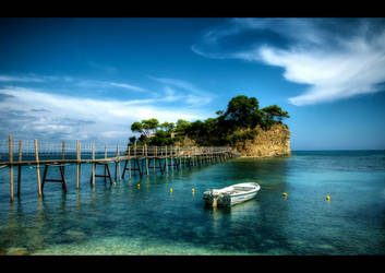 Cameo Island by Beezqp