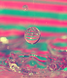 Colored droplets by eemeraldd