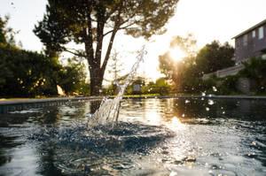 High Speed Water Splash by deadrabladephoto