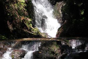 Major Waterfall 1 by xxMysteryStockxx