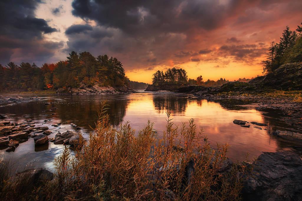 Sunset by sxsvexen