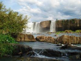 Draysap Waterfall by WillTC