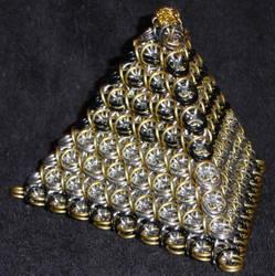 Fyrst Pyramid by Rescyou