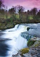 Aysgarth Middle Falls. by Elmik5