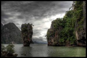 James Bond Island by simenkon