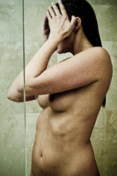 Shower by photosynthetique