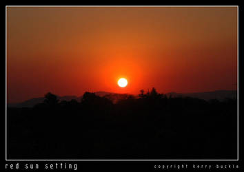 Red Sun Setting by pixchik