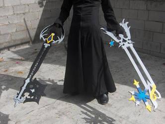 Oblivion Oathkeeper Keyblades by akron2k