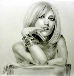 Pixie Lott graphite pencil by littlepinkninja