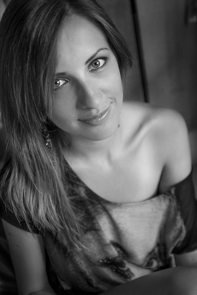 Laura II by alexjulian
