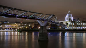 Millenium Bridge and St Paul's Cathedral by jeremi12
