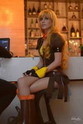 RWBY: Yellow by RadClawedRaid