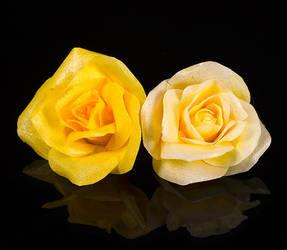 Wafer Paper Rose - Yellow by Battledress