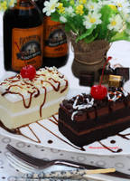 Do you prefer Chocolate or Vanilla Cake? by theresahelmer