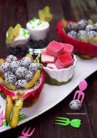 Dragon Fruit Appetizer with Dragon Fruit Smoothie by theresahelmer