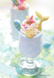 Mermaid Smoothie by theresahelmer