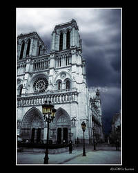 Notre Dame by althepal99