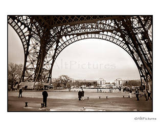 EIFFEL TOWER 1 by althepal99