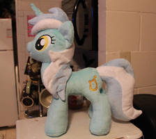 Lyra Plush by NoxxPlush