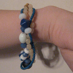 Bracelet 1 - Tides by cmouse