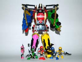 Mini Super Megaforce Rangers and Legendary Megazor by LinearRanger