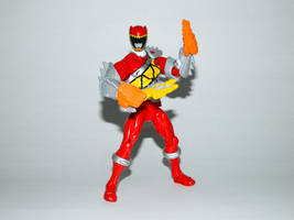 Armored Dino Charge Red 16 by LinearRanger