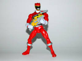 Armored Dino Charge Red 10 by LinearRanger