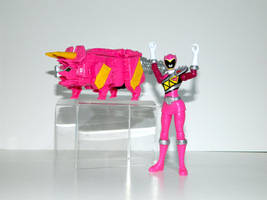 Triceratops Power Ranger Pink by LinearRanger