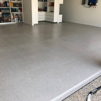 Grey and White Epoxy Floor by superiorconcrete