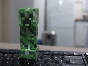 micro creeper by 101foxtrot