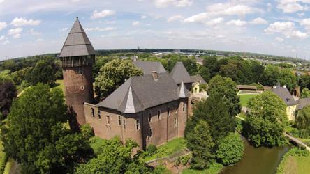 Castle by mrberni