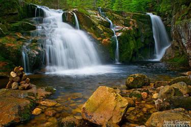 Small Labski Waterfall #2 by yonashek