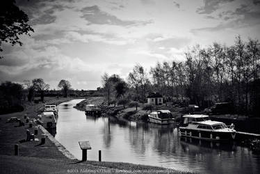 Abbeyshrule Canal, Ireland by fluffyvolkswagen