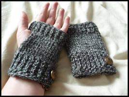 Dust - Fingerless gloves by Khalija