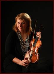 violin player III by polarwoelfin1984