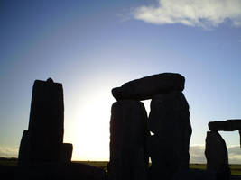 Backlit Stonehenge by phoenixreal