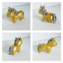 Mini Gold Unicorn by starwolf303