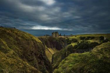 over the cliff II by AlicjaRodzik