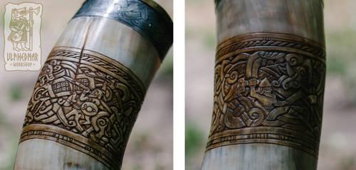 Carved detail of the signal horn by Ulfhednar-Workshop