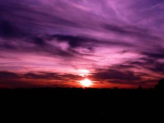 purple eye in the sky.. by spurzetti