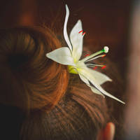 Lily flower hairpin by flintofwitch