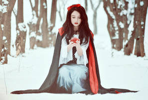 Snow White VI by sherinn