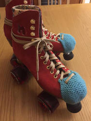 Crochet Skate Toe Guard by Skele-kitty