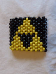 Kandi Triforce cuff by ManiacalRemedies