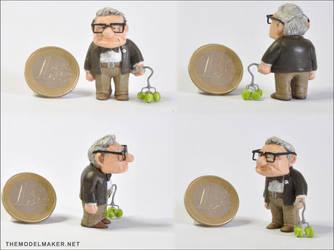 Carl figurine by artmik