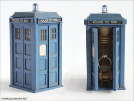 Tardis Engagement Ring Box by artmik